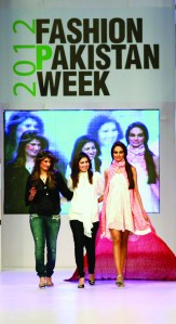 Karachi-Fashion-Week 2