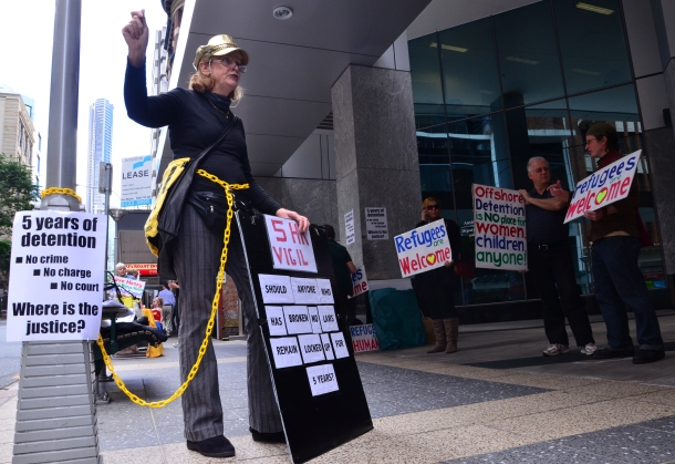 Refugee activist Fay Waddington performs five-hour vigil outside Immigration office.  Image: Audrey Courty