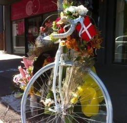 Ghost bike at South Brisbane, a shrine to cyclist Rebekka Meyer. Photo: Tony Moore