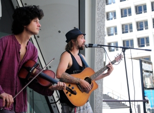 G20 Buskers