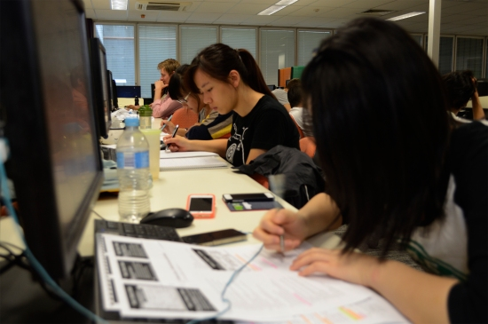 Naiching Tu 21 studies for her final exam at QUT 11 November 2014. Queensland University of Technology has pushed it's calendar forward so staff and students are not incovenienced by the G20 Leaders Summit. Picture: Janelsa Ouma The Source News