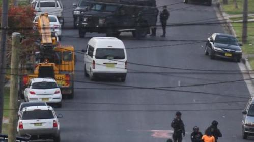Police conduct counter terrorism raids at a Sydney address this morning. Source: NSW Police