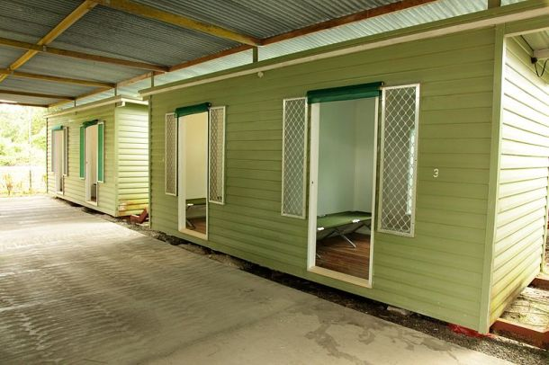 Accommodation units on the Manus Island refugee processing centre. Source: Wikimedia Commons