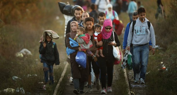 migrants_walking_to_safety