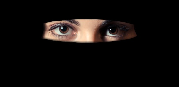 niqab-1621517_960_720