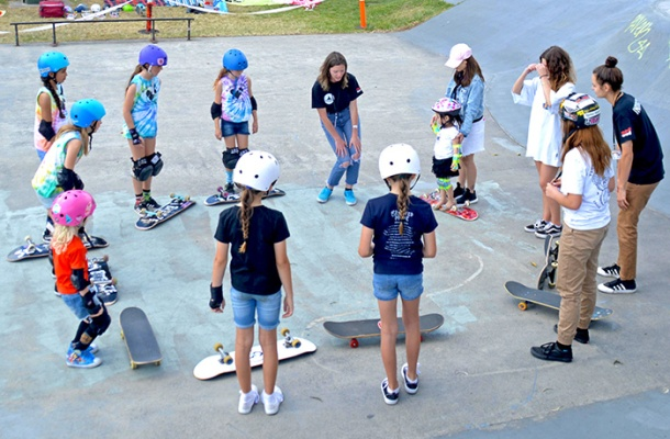 Girls' skate class at Rock Up and Rip