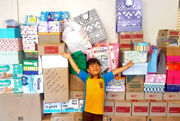 Sabre and the Parcels of Hope donations