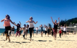 Flashmob Gold Coast at Burleigh Beach