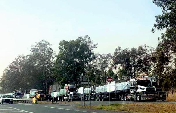 Water trucks bring supplies to Stanthorpe