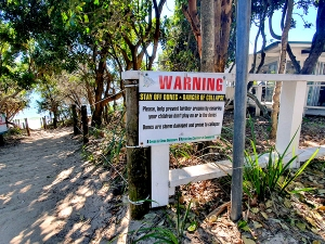 Warning signs at Clarkes Beach entry point