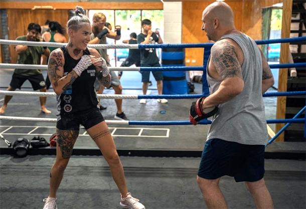 Professional boxer Bec Rawlings
